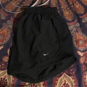 all black nike shorts